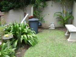 The little pet friendly garden at the top apartment