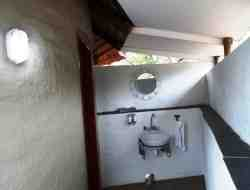 Woodpecker Covered Basin & Toilet. Oppersite view from shower.