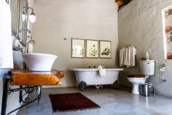 Shikwari Wild Fig Family Bathroom - double vanity & Victorian Bath