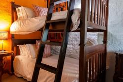 Shikwari Wild Fig Child room with bunk beds