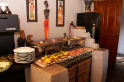 buffet style dining at shindzela