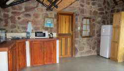 Reedbuck cottage kitchen