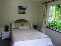 Double room with views of the garden
