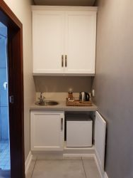 Kitchenette self catering