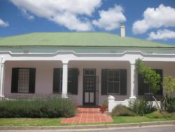 Sunny Lane self-catering studios are an extension of our historic family home in Franschhoek, but they are completely separate with their own private entrance