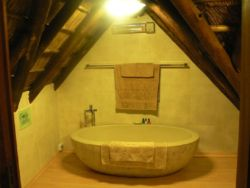 LOFT ROOM EN-SUITE BATHROOM - only bath