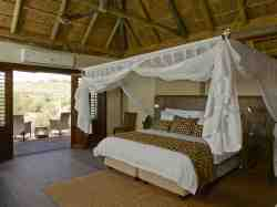 Luxury Accommodation at Tutwa