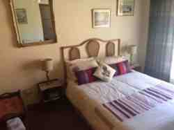 Gaste Room: Room with double bed: R600.
