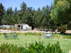 self catering cottages - communal braai area