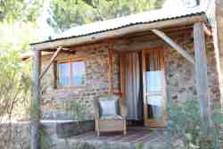 Stone Cottage - Shady Trees, Bird Song & Splash Pool