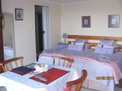 Lavender Unit B+B or self catering twin beds