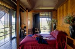 Shaka Lodge Master Bedroom